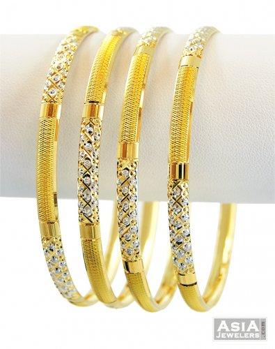 Designer Striped Rhodium Bangle Set
