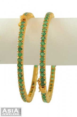 urvija emerald diamond bangles
