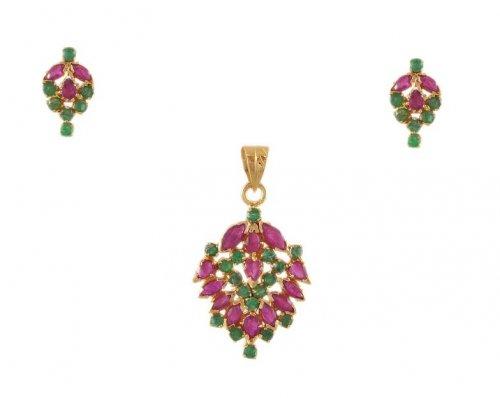 22k Gold Ruby Emerald Pendant Set