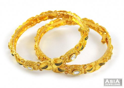Gold Bangles with Kundan