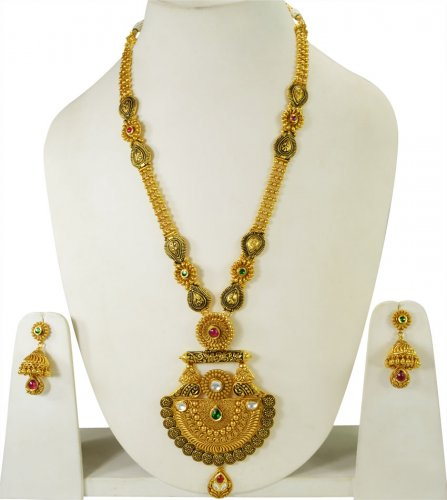 22K Gold Antique Patta Set