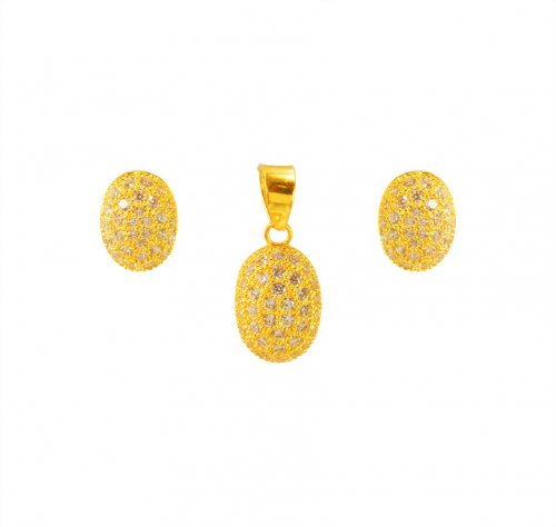 22K Delicate Signity Pendant Set