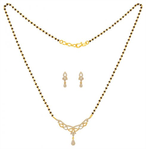 18KT Gold Diamond Mangalsutra Set