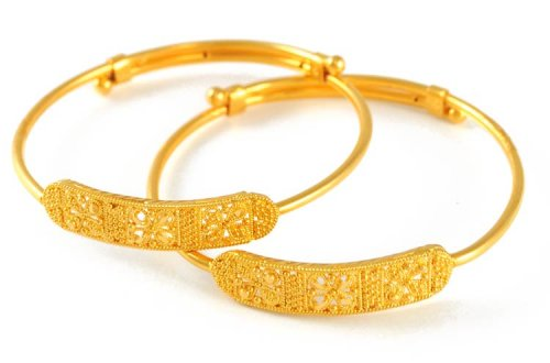 22K Gold baby Bangle - AjBa50956 - 22k gold baby bangle (1 piece only) with  beautiful filigree and mild diamond cuts on top of the bang