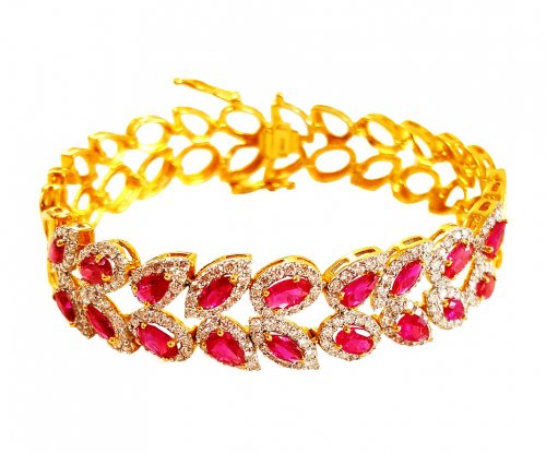 18 Kt Gold Diamond Bracelet