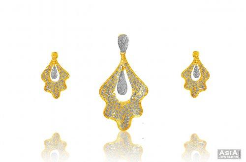 Designer cz pendant set 22k ajps58062 22k gold pendant earring designer cz pendant set 22k mozeypictures Choice Image