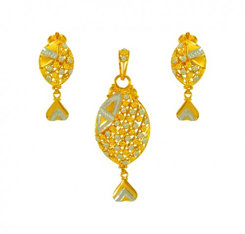 22karat Gold Indian Pendant Set