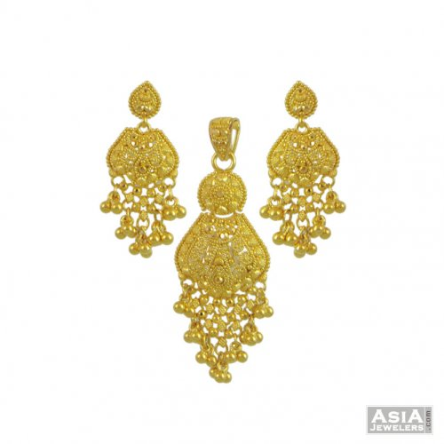 22k Yellow Gold Pendant Set