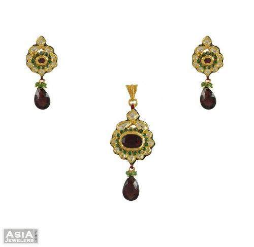Kundan Fancy  Pendant Sets