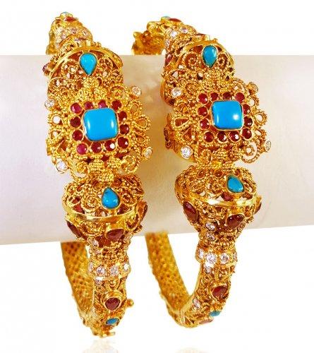 22kt Gold Designer Kadas (2 Pcs)