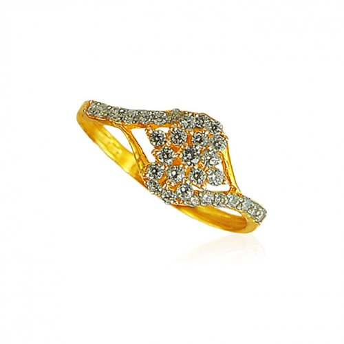 22K Gold Ladies Signity Ring