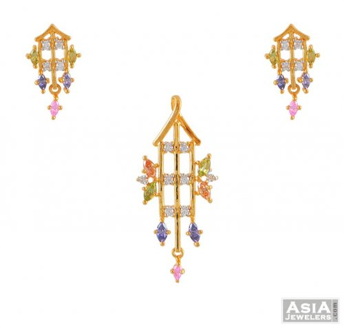 Gold pendant and earring set with color cz