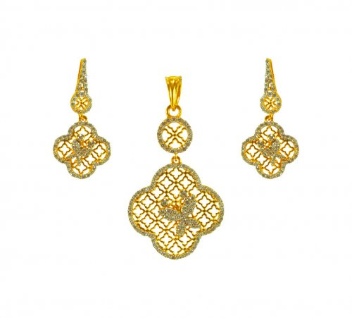 22K Gold Pendant Set