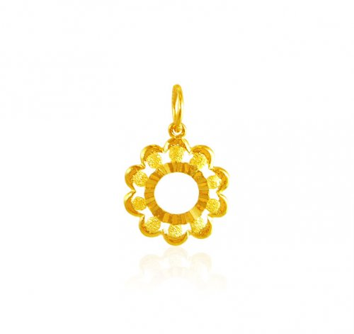 22K Gold Fancy Pendant