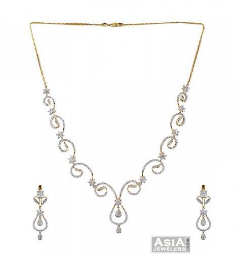 18k Gold Diamond Necklace Set