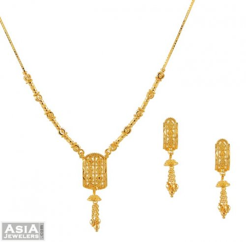 22k Gold small necklace and earring set AjNs51627 Beautifully