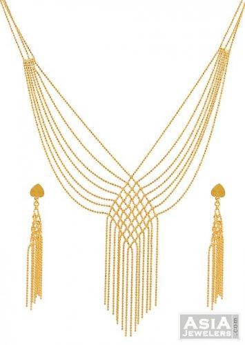 21K Gold Necklace Set AjNs 21K Gold three pieces necklace