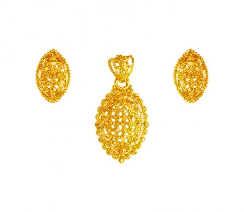 22K Gold Pendant Earring Set
