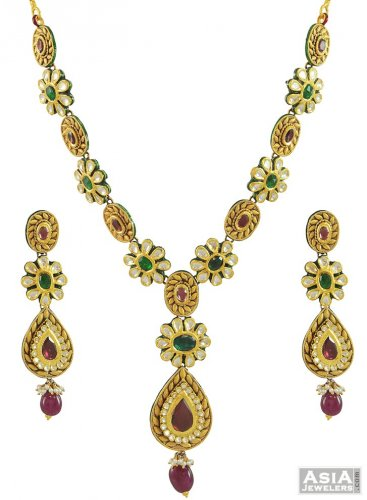 22Kt Gold Kundan Necklace Set AjNs54095 22K Gold Traditional