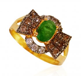 22kt Gold Emerald Ring for Ladies