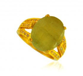 22 kt Gold Emerald Ring