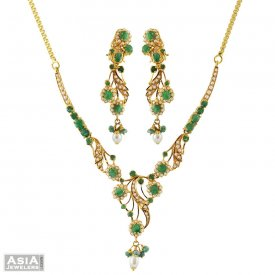 22k Pearls, Emerald Necklace Set