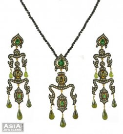 Pendant Set (Nizams collection)