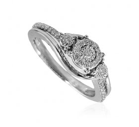 18kt Gold Diamond Ring For Ladies