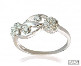 Double Flower 18K Gold Diamond Ring ( Diamond Rings (Ladies) )