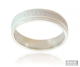 Fancy 18K Matte Finish Mens Band