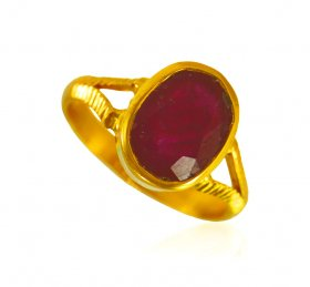 22 KT Gold Ruby Ring