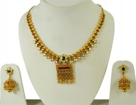 Kundan 22k Gold Necklace Set  ( 22K Antique Necklace Sets )