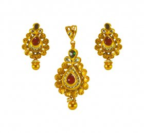 22 Karat Gold Antique Pendant Set