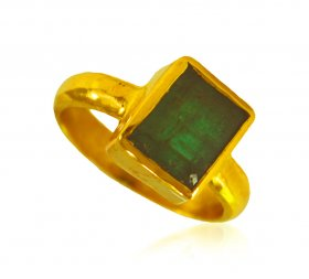 22 Karat Gold Emerlad Ring