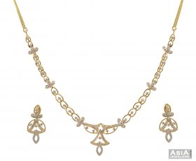 Fancy 18K Gold Diamond Set