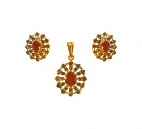 22Kt Gold Pendant sets with Ruby  ( Precious Stone Pendant Sets )