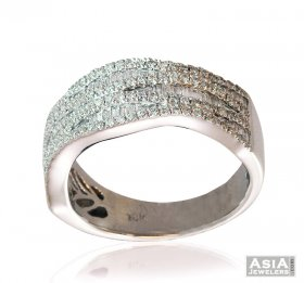 Ladies Wide Diamond Band 18K  ( Diamond Rings (Ladies) )